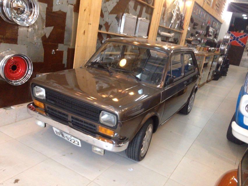 Fiat_147.jpg